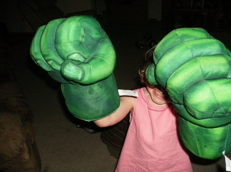 Mimo - hulk hands
