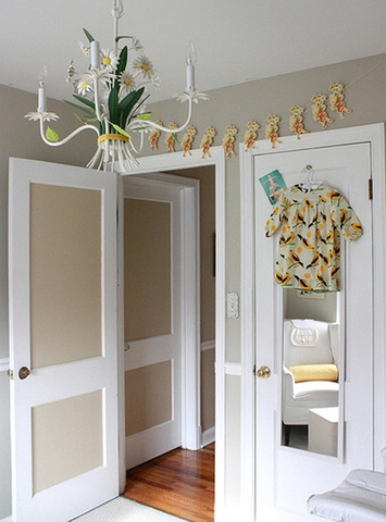 AT house tour - yellow bedroom