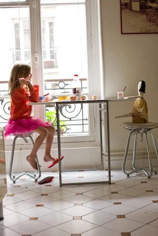 Paris apartment - tea party