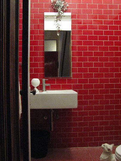 Shower room - red AT