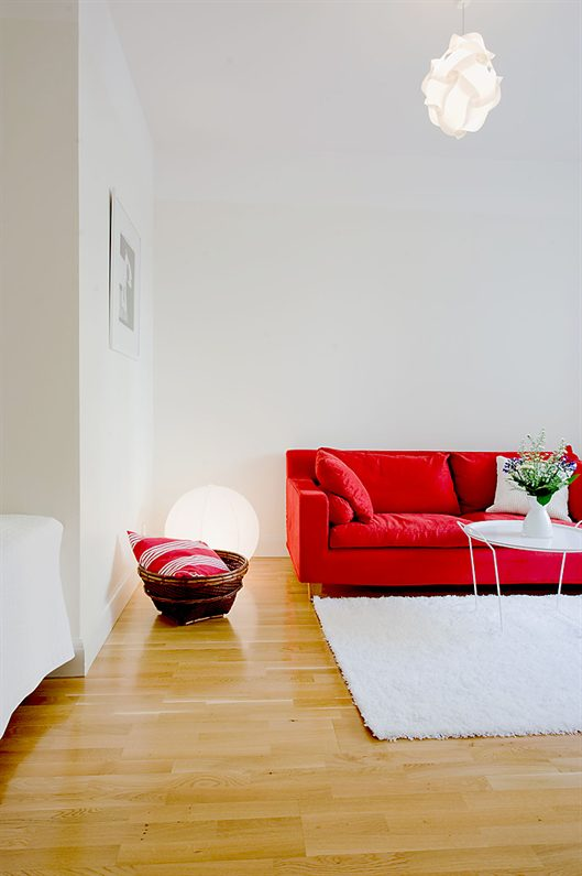 Swedist apt - red + white 8 - - use