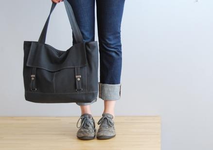 Moop letter bag - black 2