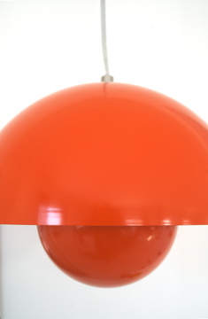Orange lamp - dore doris 1