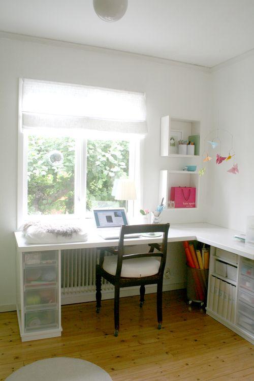 Benita new desk 1