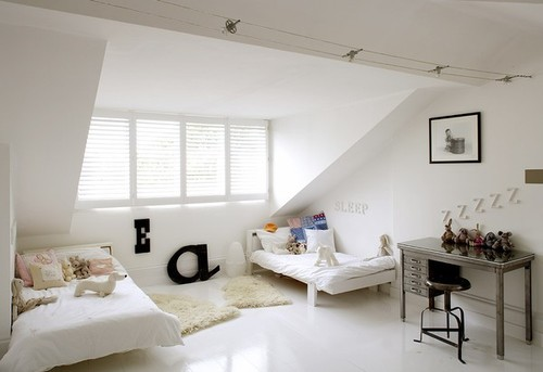 Cute bedroom for two kids - via simple magnifique
