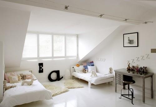 Cute bedroom for two kids - via simple magnifique