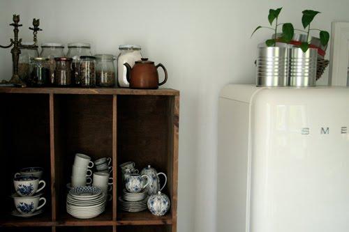 Kitchen - via hello tiger