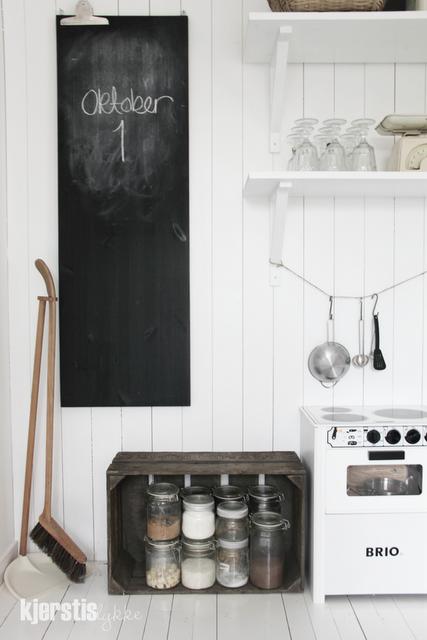Kjerstis - kitchen 1