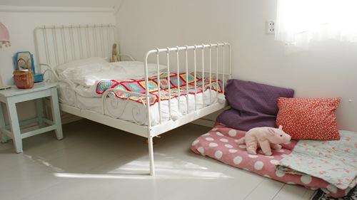 NIB - play area and bedroom