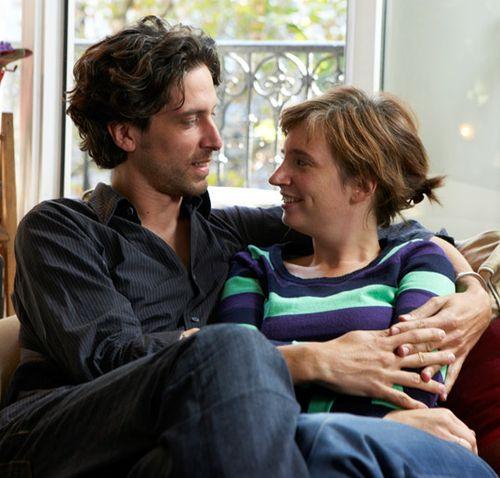 01-couple-living-in-paris