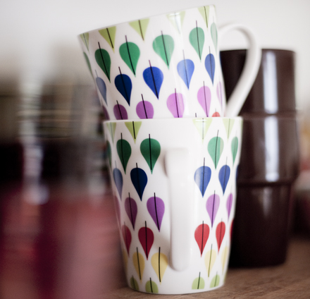 Green is the new black - colorful mugs