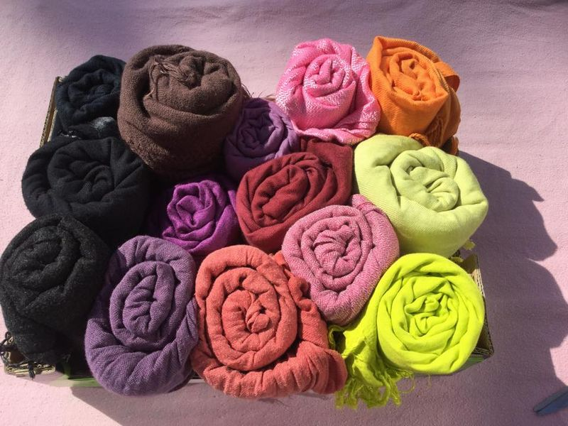04-15-15  gea kleene - shawls organized by color