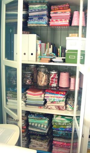 Cabinets_jars