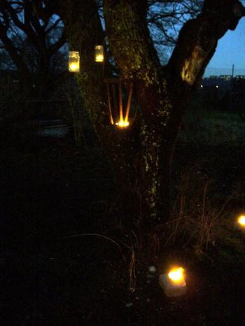 Jars_to_hold_lights