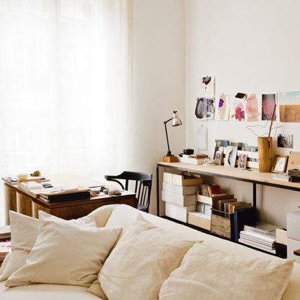 Living_room_office_corner